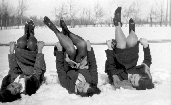 Fun in the snow - 1929