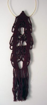wine coloured macrame necklace